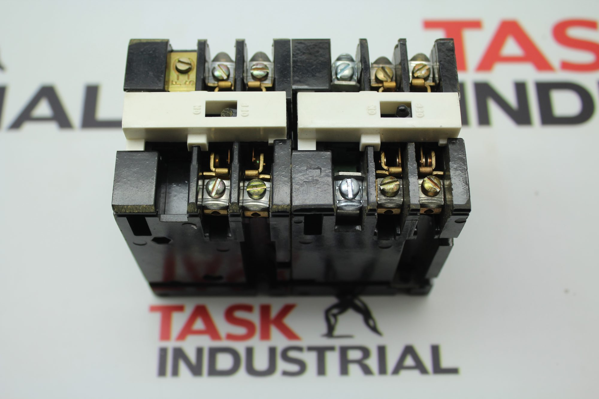 GE Industrial Relay CR122A022803AA