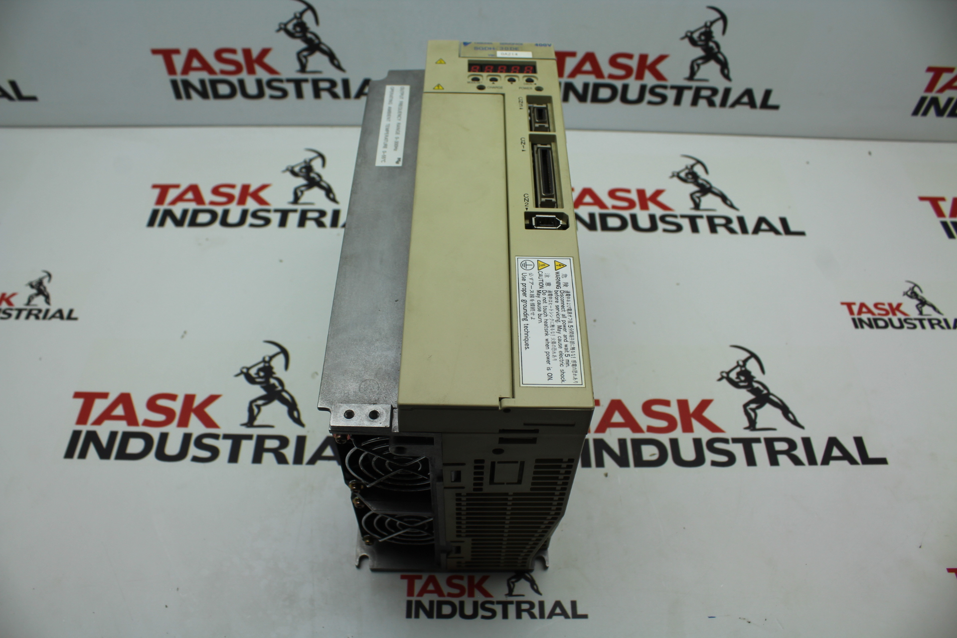 Yaskawa Electric Servopack Model SGDH-30DE 3 PH