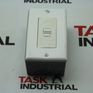 Leviton Switch Ground Fault Circuit 125V 60HZ 20AMP Class A