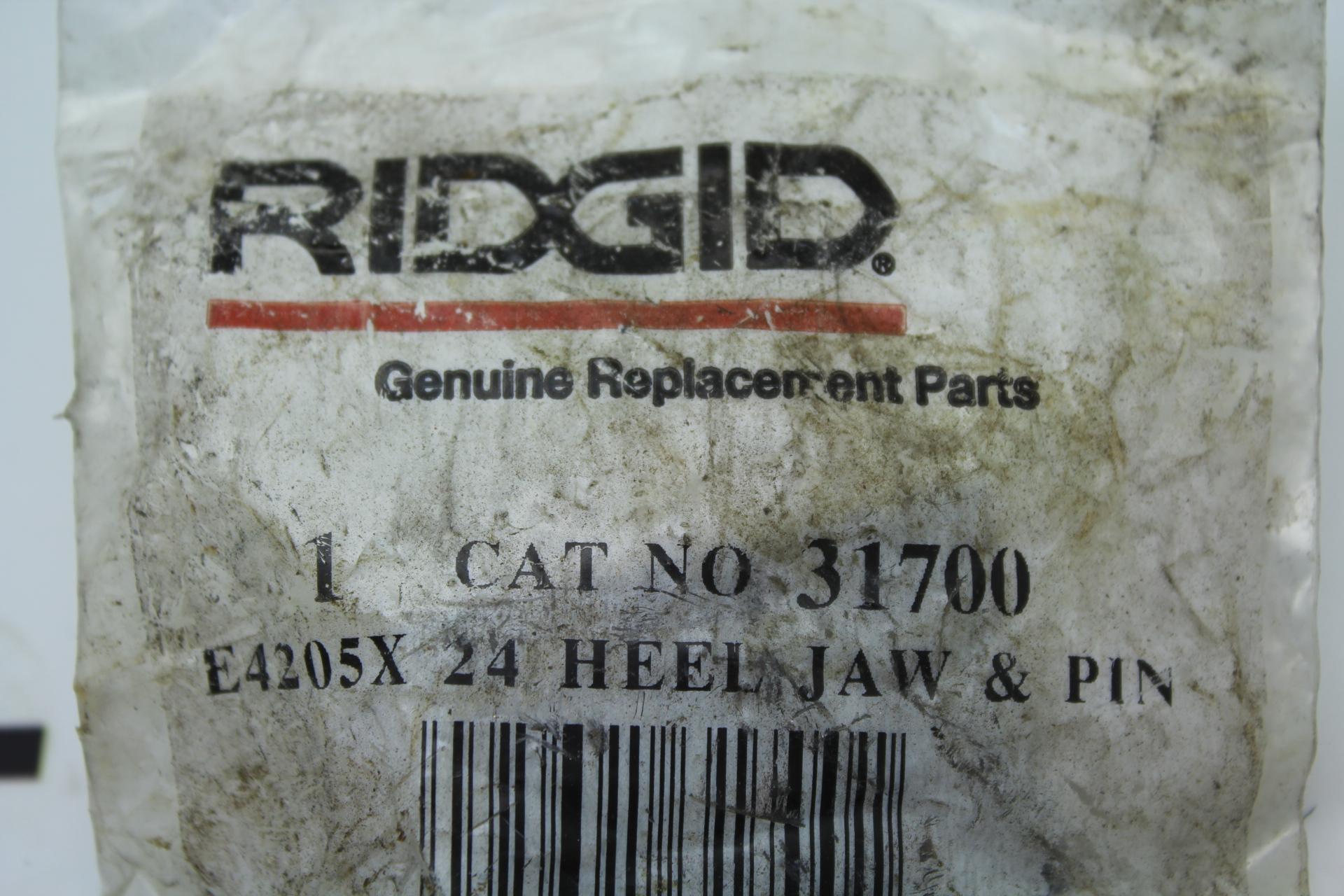 Ridgid 1 CAT NO 31700 E4205X 24 HEEL JAW & PIN