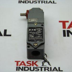 Eaton Type L Limit Switch 10316H1600 600 Volt AC Max. Pilot Duty