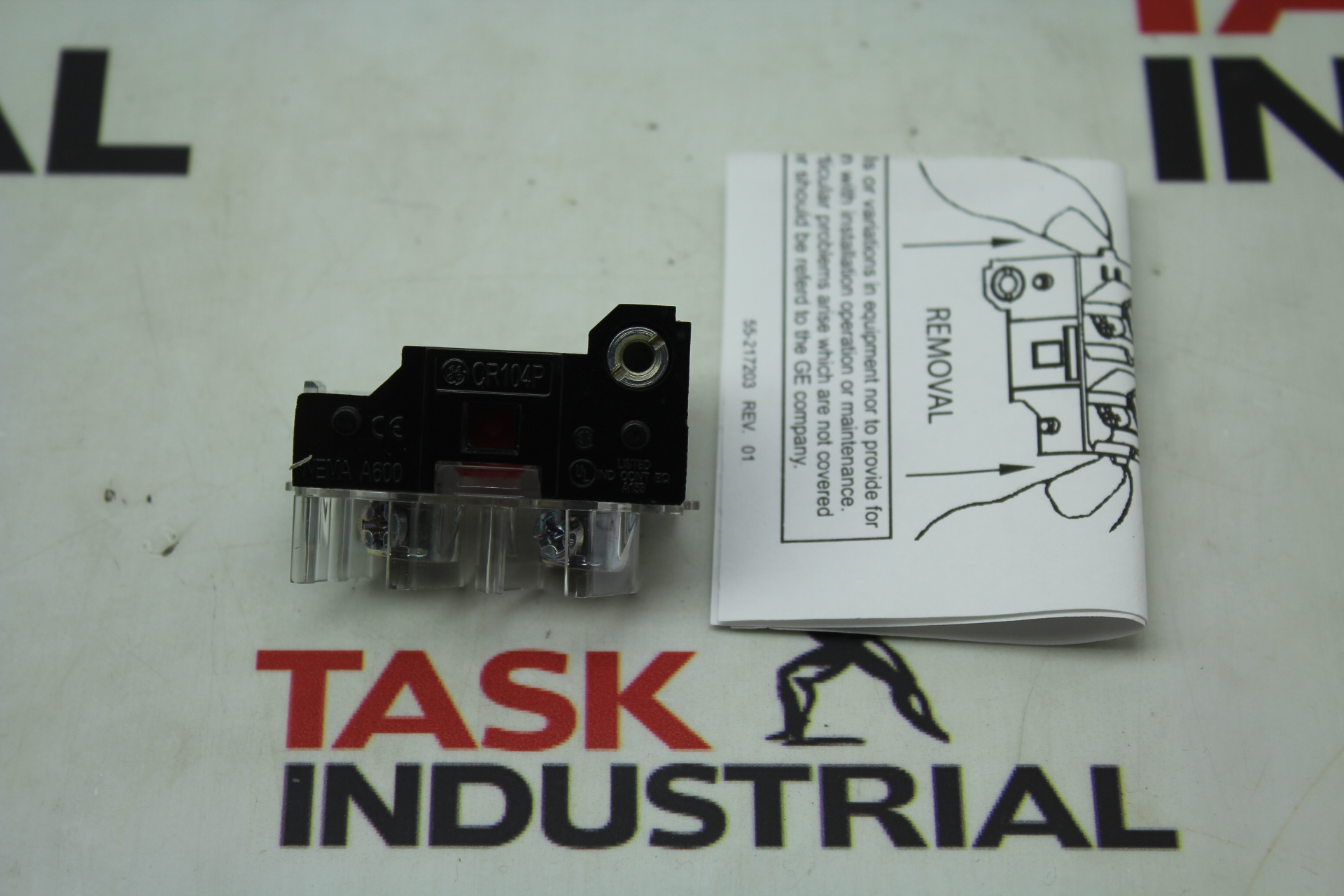 GE Single Circuit Contact Breaker CAT NO. CR104PXC01