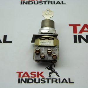 Allen-Bradley CAT NO 800T-J44 Series N Switch w/Key