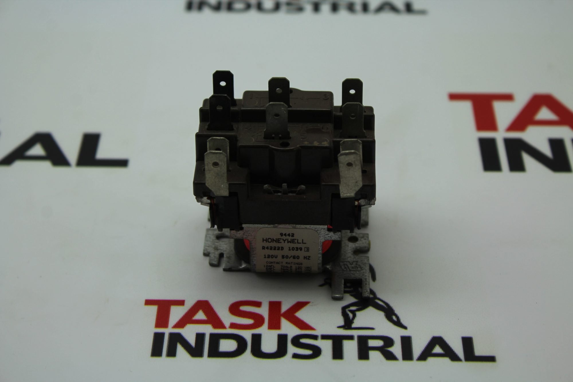 Honeywell R4222D 1039 Relay.