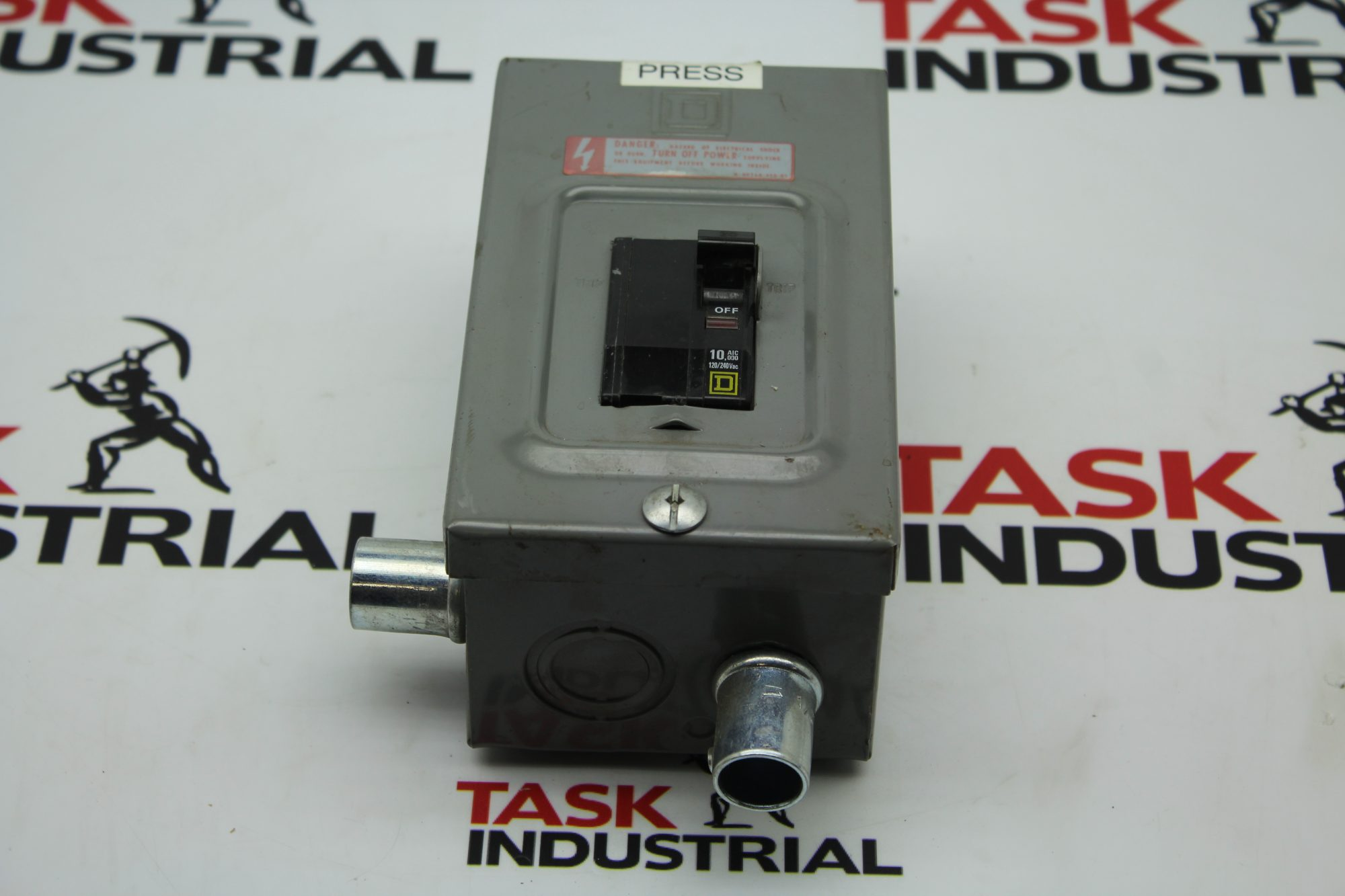 Square D 10, AIC 00 Circuit Breaker w/ Enclosure