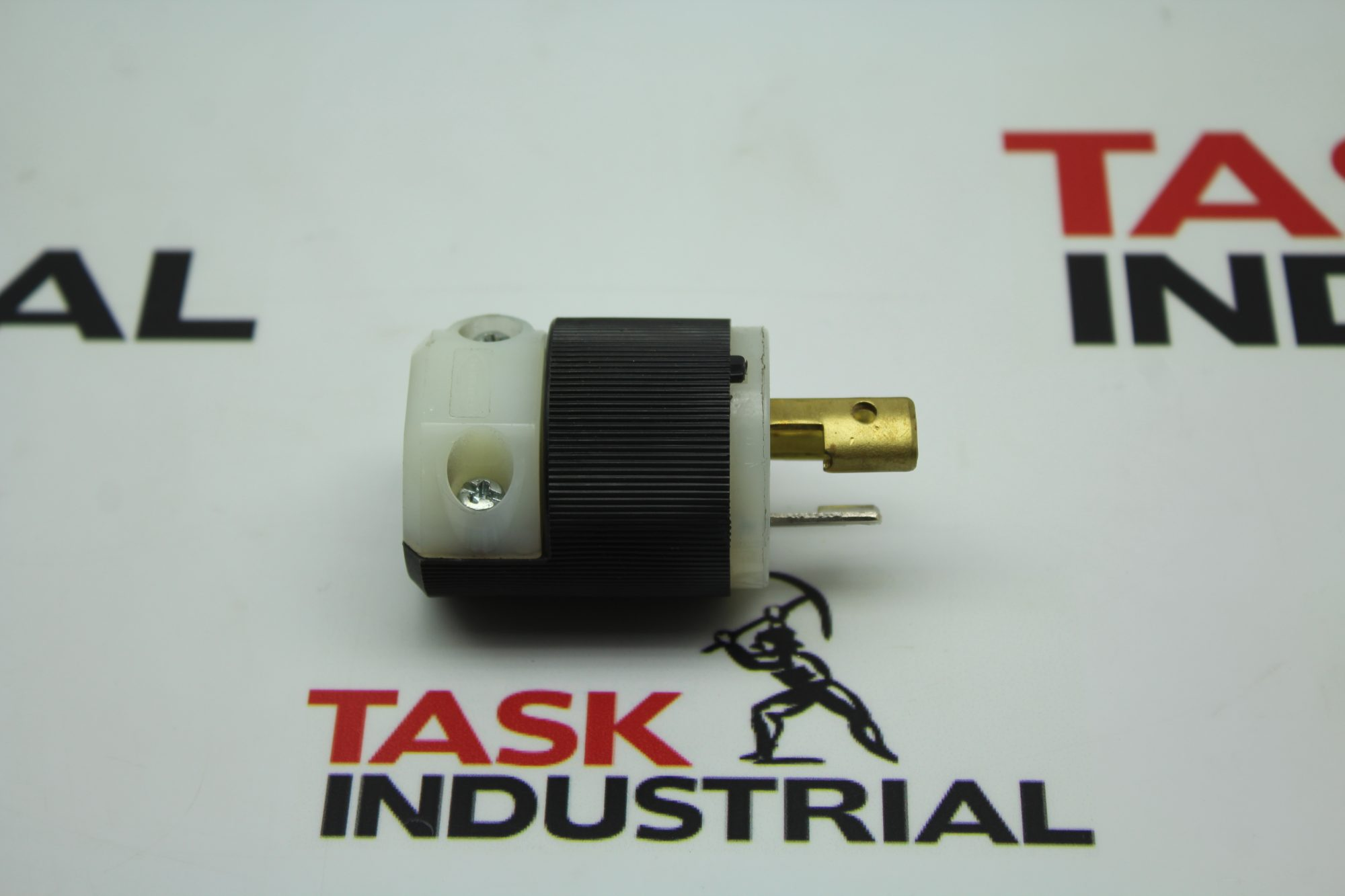 Hubbell HBL4770C Plug