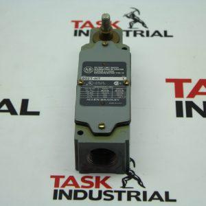 Allen-Bradley Oiltight Limit Switch Body CAT No. 802T-HT Series 1