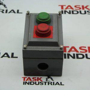 Allen-Bradley CAT No. 800H-2HA4R 2 Push Button