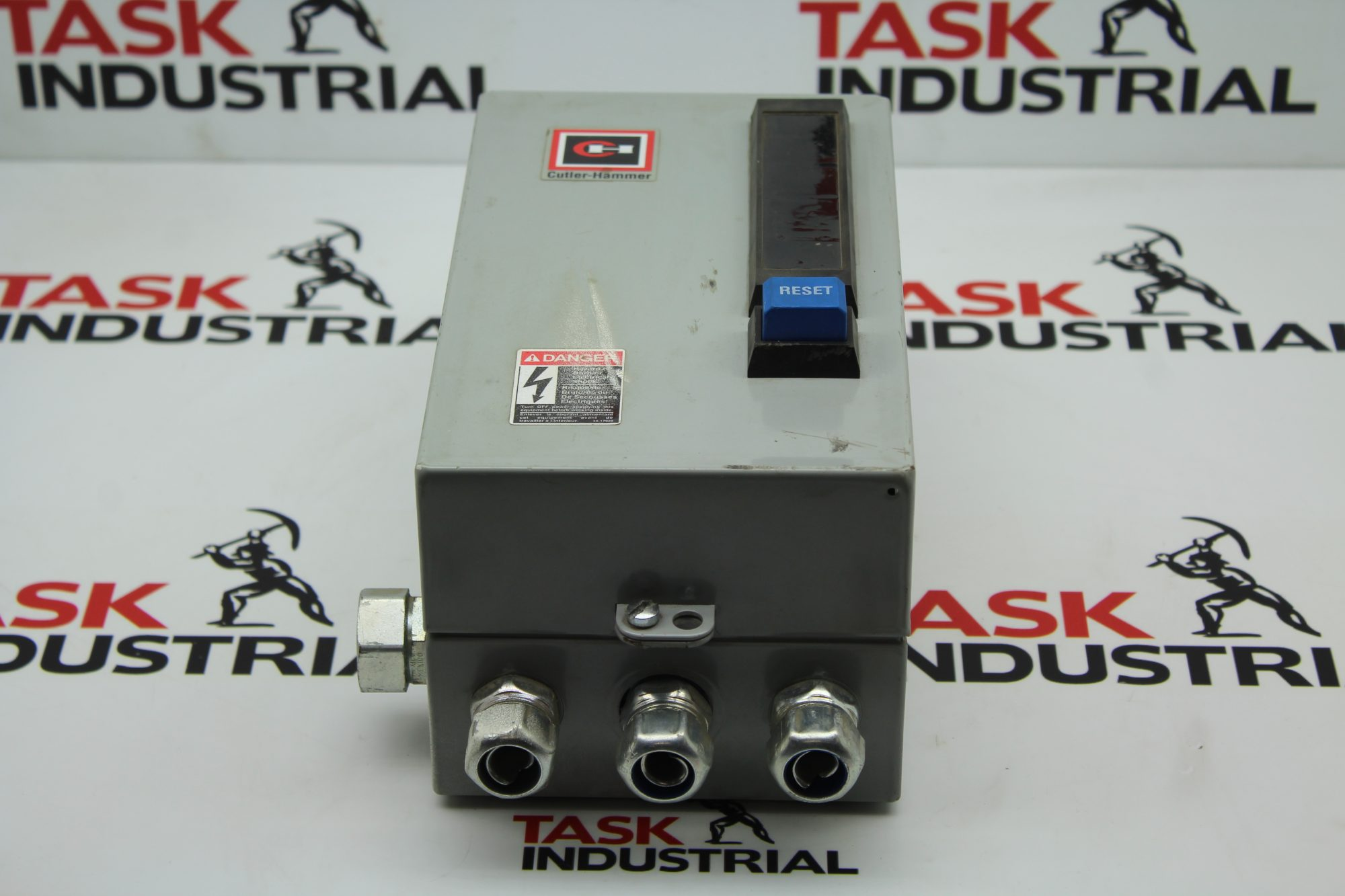 Cutler-Hammer Enclosure ECN0511BAA NEMA Size 1 Motor Starter AN16DN0