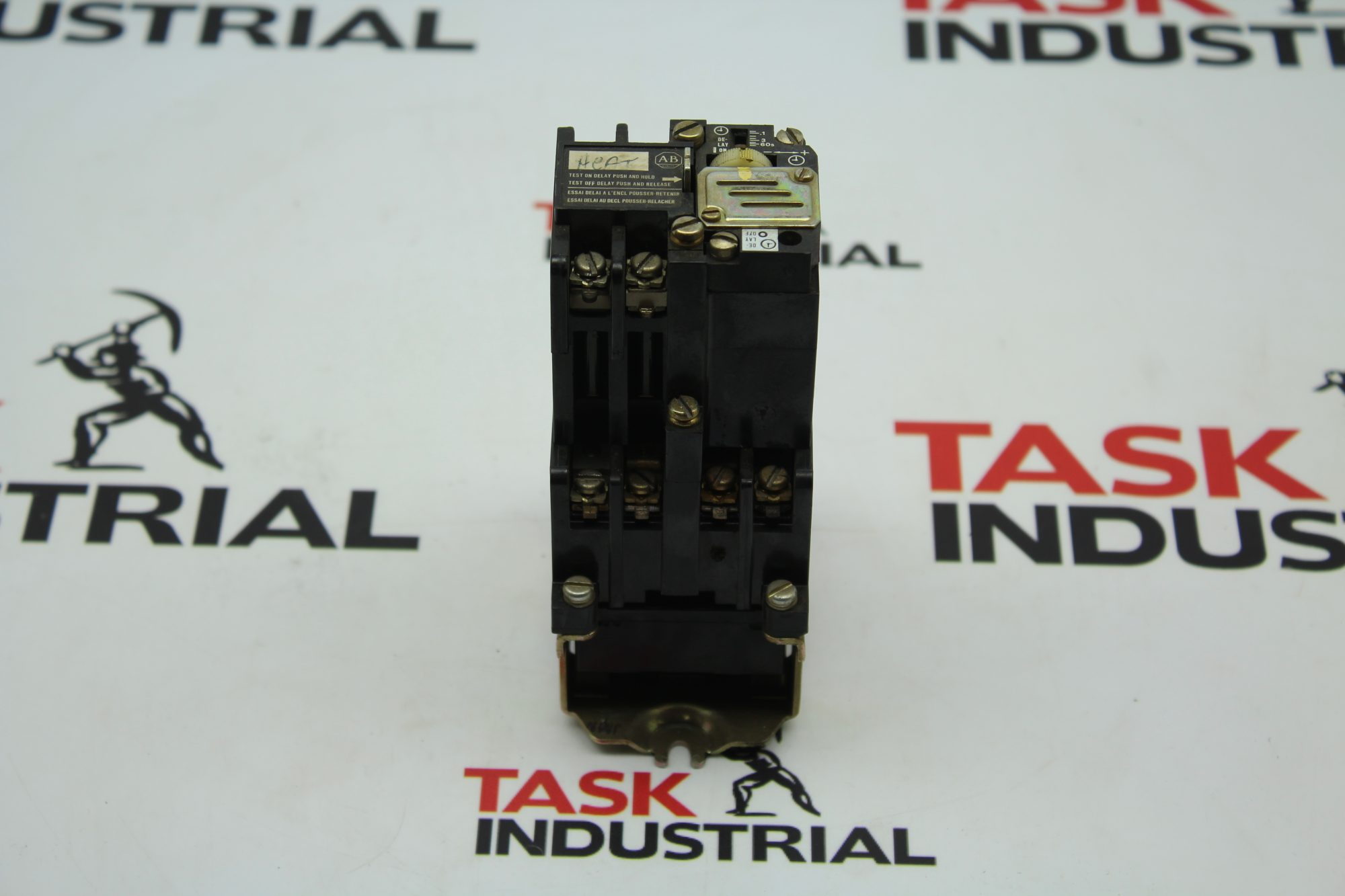Allen-Bradley CAT No. 700-N200A1 Series C Relay.