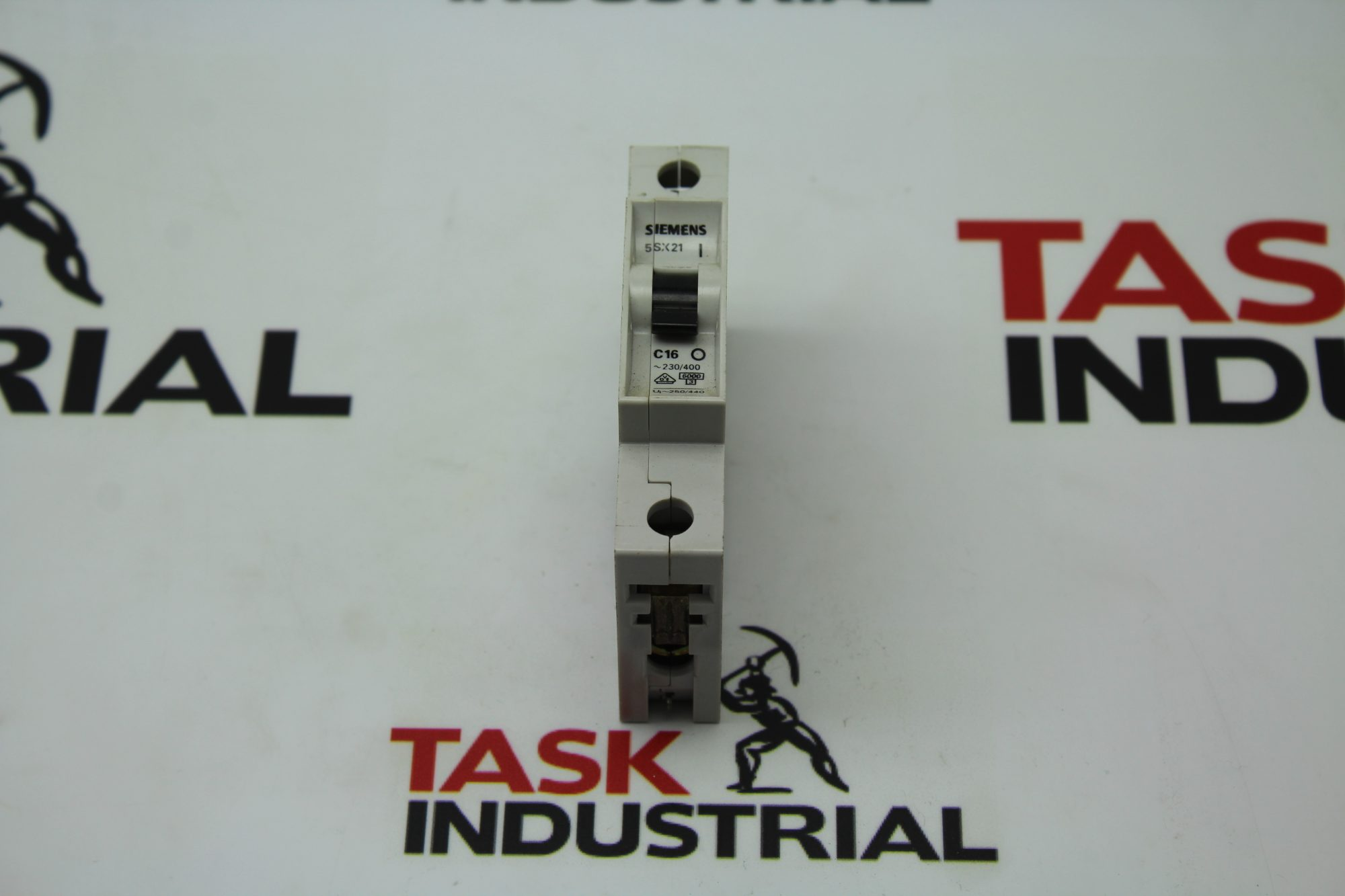 Siemens 5SX21 C16 Circuit Breaker