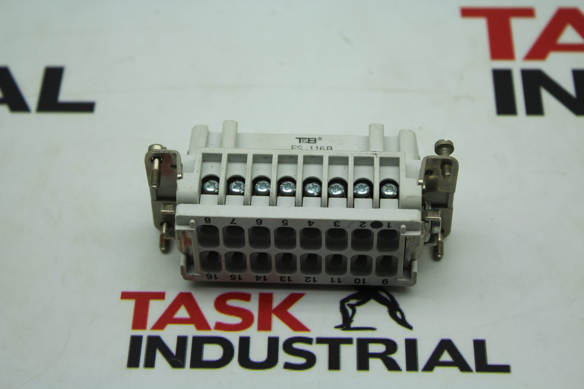 T&B FS 116B 16A 600V Connectors