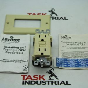 Leviton SmartLock Pro 7599-I Ivory GFCI Lighted 15A-125V