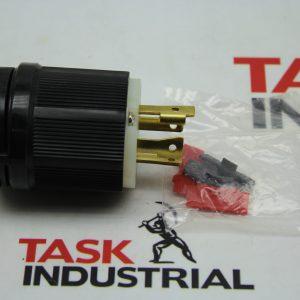 Cooper CWL1630 3P4W 30A 480V Plug