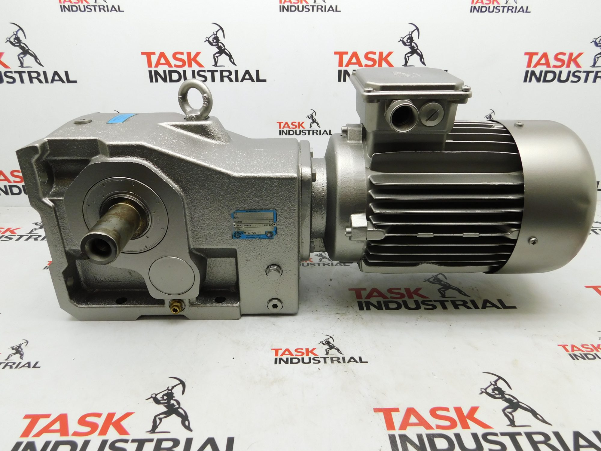 Nord SK9022-100 C/4 Gear Box 3HP, Max Torq 01708 Ratio 22.58