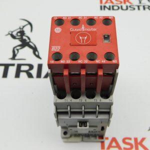 Allen-Bradley CAT No. 100-C09E*400 Series A Contactor