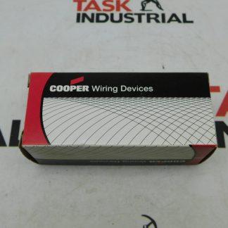 Cooper 5269N Autogrip Connector B&W 15A 125V