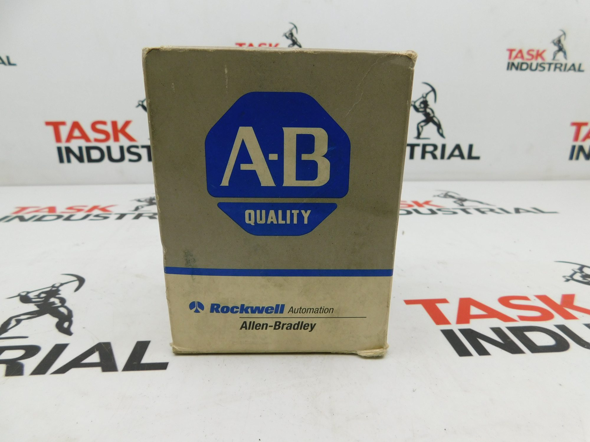 Allen-Bradley CAT No. 700-P400A1 Relay