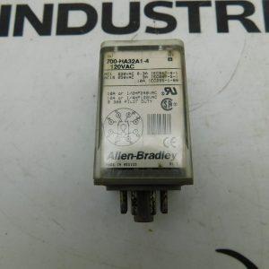 Allen-Bradley CAT No. 700-HA32A1-4 Series B 120VAC Relay