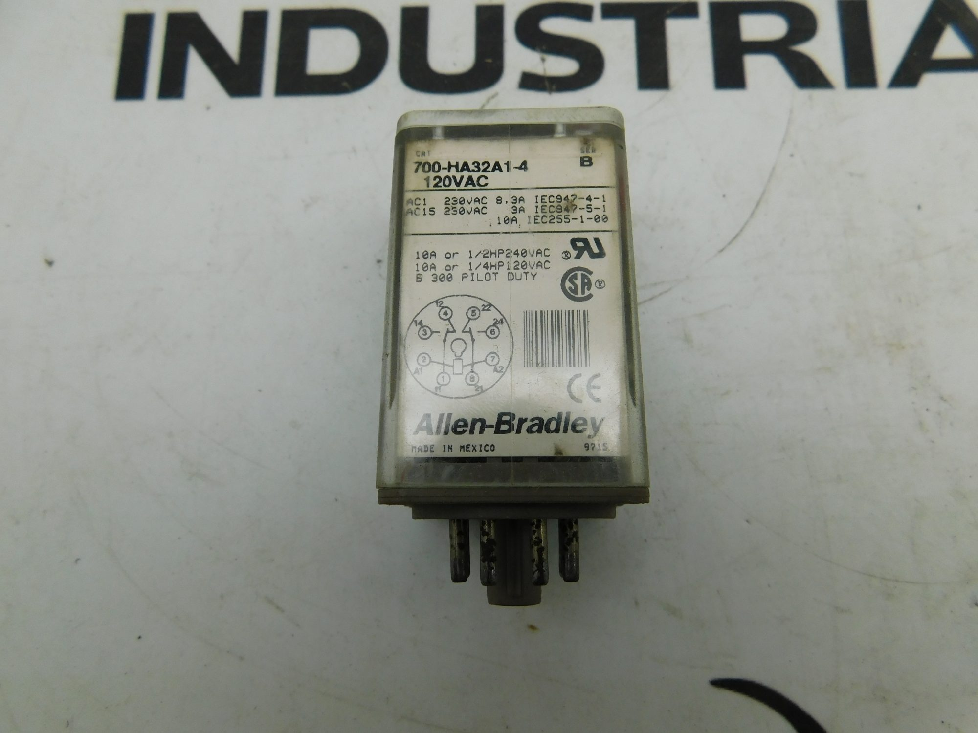 Allen-Bradley CAT No. 700-HA32A1-4 Series B 120VAC Relay