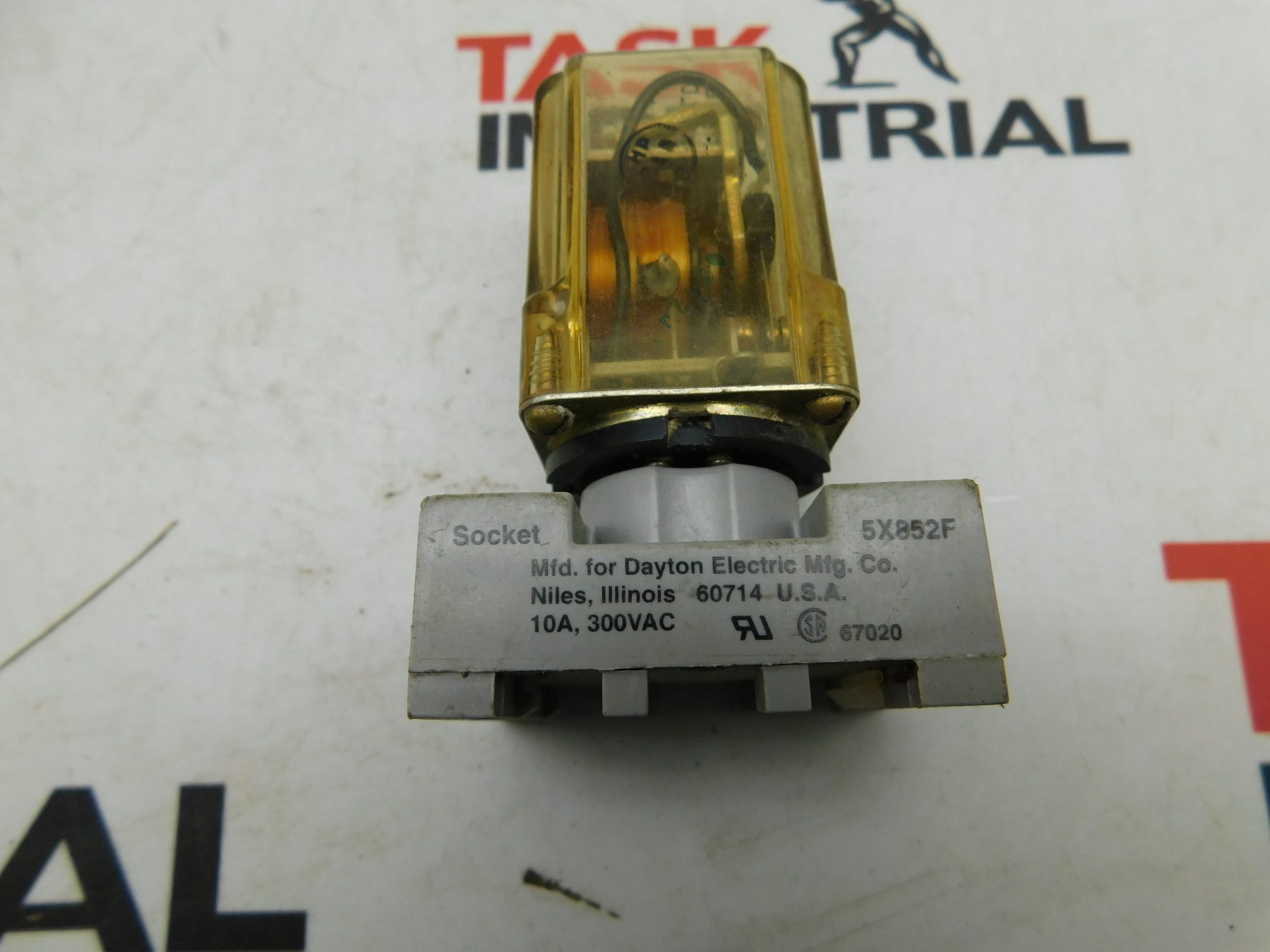 Potter & Brumfield KRP11AG 115V 50-60C Relay With 5X852F Base