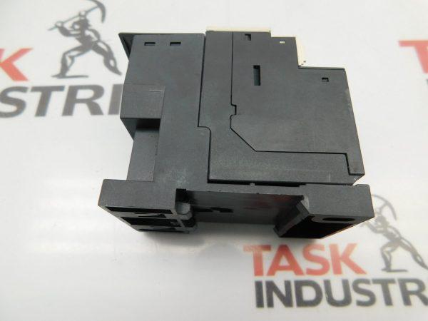 Telemecanique LAD7B106 Contactor 4-6a
