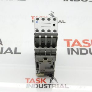 Allen-Bradley CAT No. 700-CF400Z* Series A Relay with CAT No. 100-F Contact